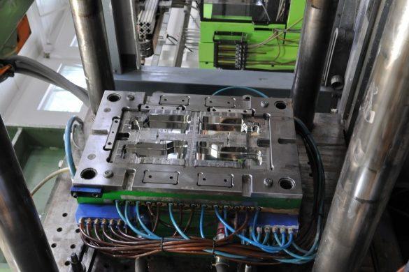 Details - injection molding machine, injection molding, production of details, plastics, wtryskarka, wtryski, produkcja detali, tworzywa sztuczne,