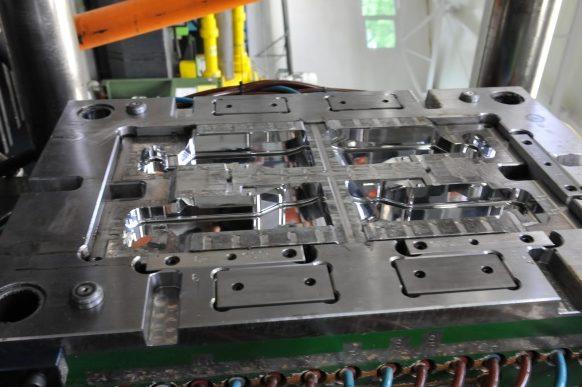 Details -injection molding machine, injection molding, production of details, plastics, wtryskarka, wtryski, produkcja detali, tworzywa sztuczne,