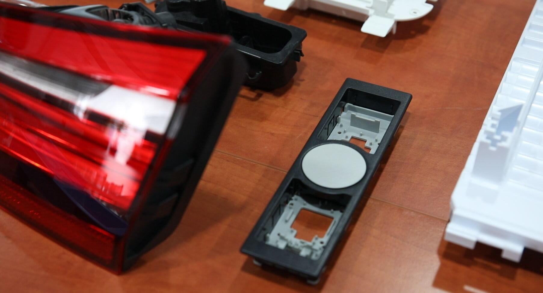 Cerplast - wtryskarka, wtryski, produkcja detali, tworzywa sztuczne,